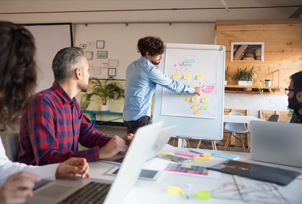 Clic ton site vous accompagne à trouver la stratégie digitale la plus adaptée à votre entreprise